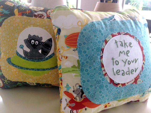 LitFlyers_pillows